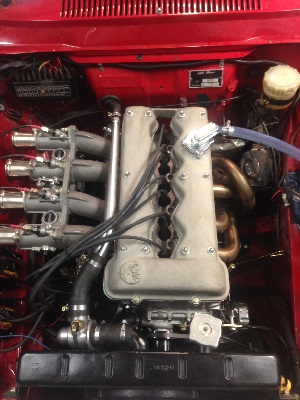 GTAm Engine with IE 2013 series race pump and flexible fuel lines